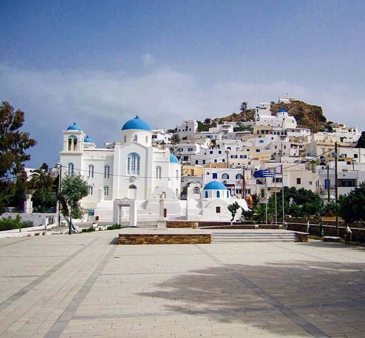 ios island (Ίος). The picturesque center of Chora village ,perfect for a walk inside the alleys !