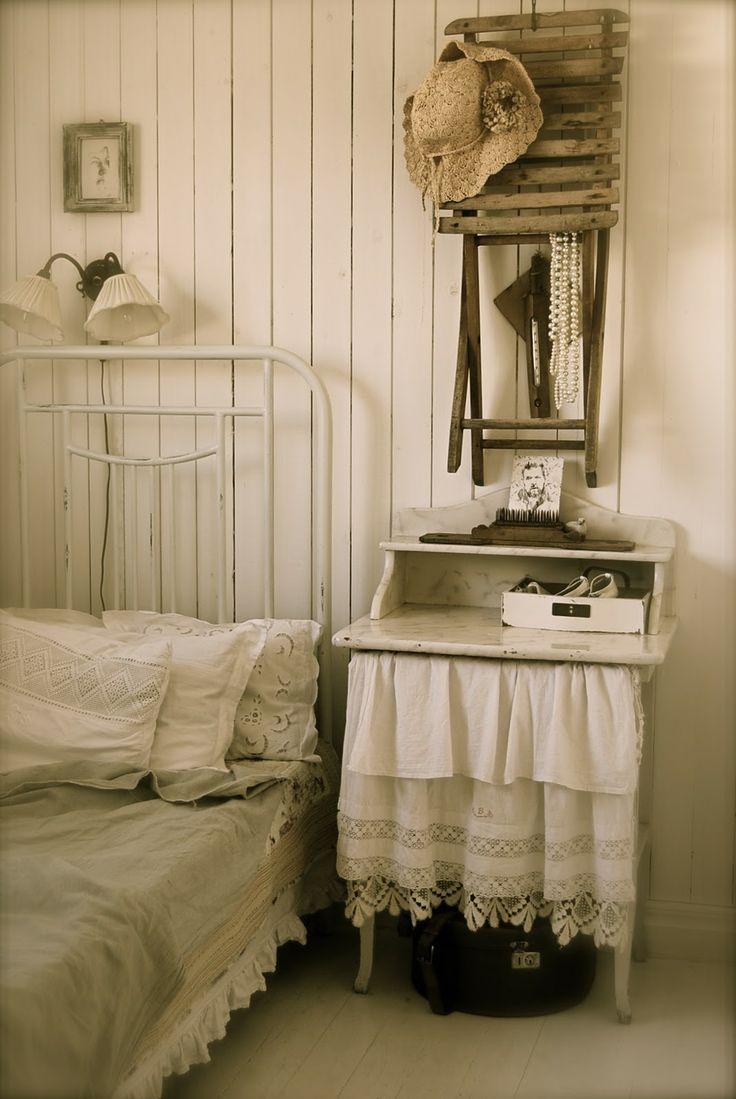 Vintage farmhouse bedroom.