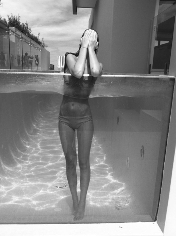 model and photographer unknown: Underwater Photo, Pools Time, Fashion Models, Swim Pools, Glasses Wall, Body Fit, Crazy Food, Beaches Body, Dreams Pools