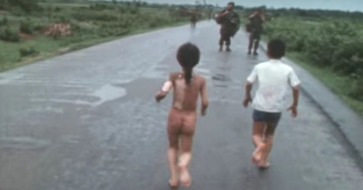 Nick Ut's 'Napalm Girl' photograph is one of the most iconic conflict images of all time, and this short video shows you the horrifying moments before and
