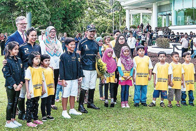 brunei darussalam children | HM Sultan Brunei Plays Polo for Children Cancer Foundation