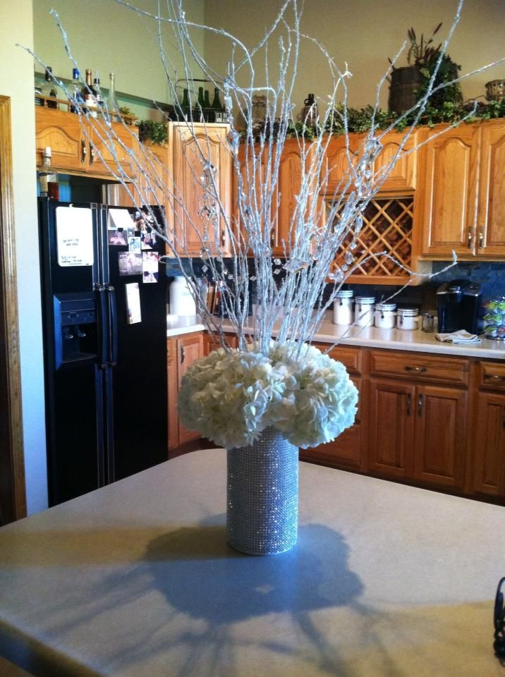 1000 images about quince winter wonderland on pinterest for Winter themed wedding centerpieces