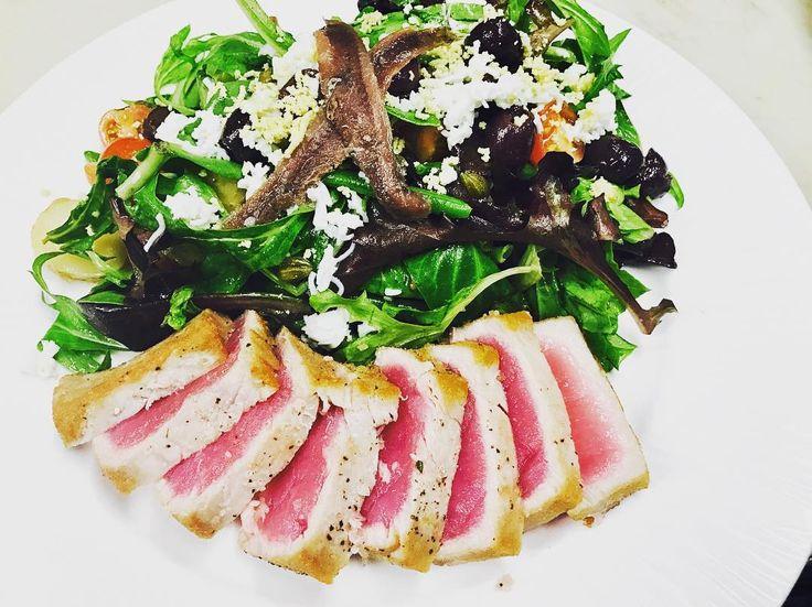 #brunchtime - Salade de Thon Poêlé: Seared Ahi tuna, kalamata olives, haricot verts, eggs, anchovies, capers, tomatoes, potatoes & champagne vinaigrette #lafritecafe #shermanoaks #losangeles #california #eaterLA #hungryinLA #instafood #realfoodz #LAmagfood #newforkcity #realfoodz #cheatmeal #infatuation #instadaily #feedfeed #eater #denvourpower #spoonfeed #yahoofood #feedyoursoul #eatfamous #foodgasm #chefinlosangeles #chefsofinstagram #truecook #dineLA #losangeleseats #timeoutLA