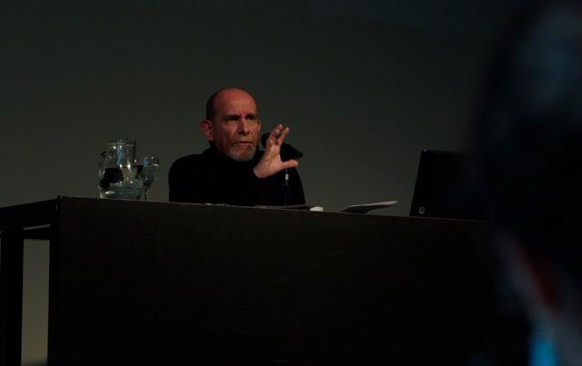 """Clase Magistral Panorama Sur 2014, MALBA """"El director: una especie en extinción"""" Por Rubén Szuchmacher (Foto: Ernesto Donegana)"""