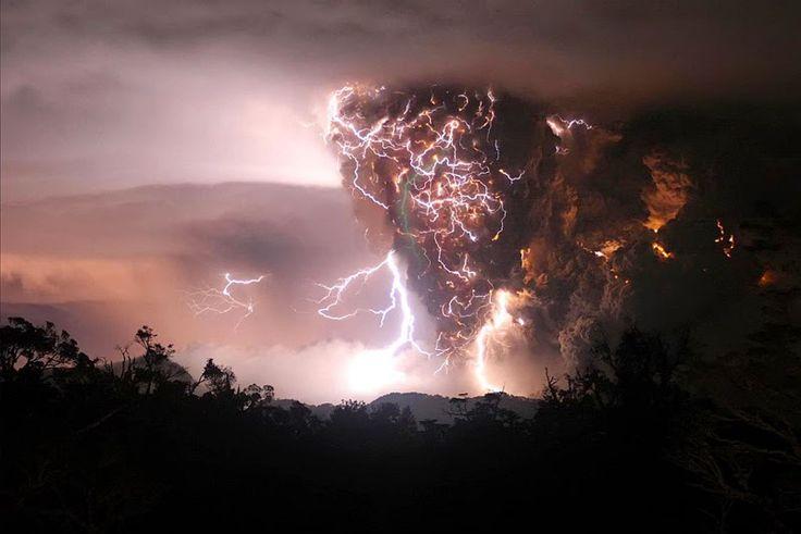 Furtuna Vesnica: Venezuela, lacul Maracaibo