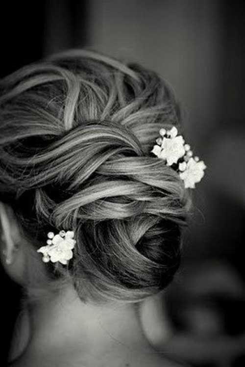 25 Best Bridesmaid Hairstyles for Long Hair