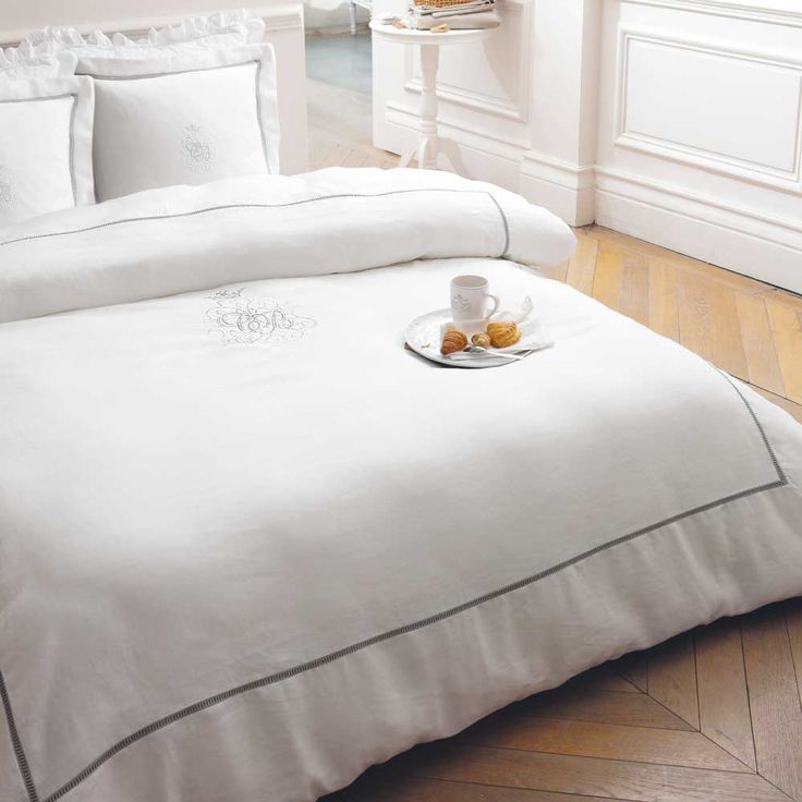 Parure de lit 240 x 260 cm en lin blanche HABSBOURG