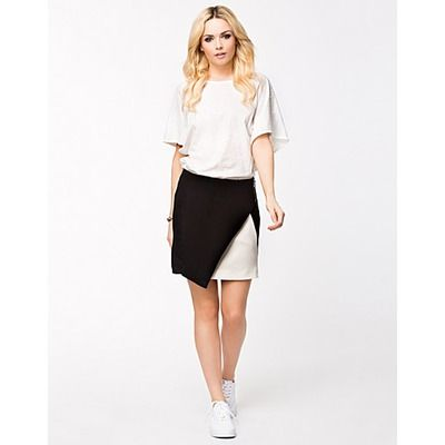 Vero Moda Leslie Short Skirt