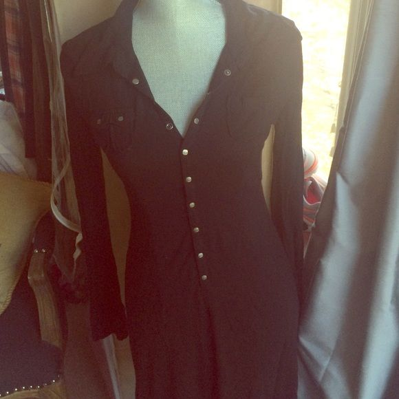 Black Diesel dress Great black dress from Diesel looks great for fall with knee high boots! Love soft cotton and stud buttons up the front. Diesel Dresses Midi