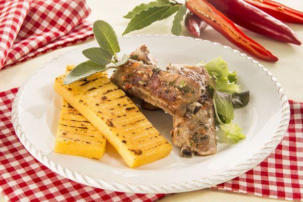Costine aromatiche alla griglia con polenta | Polenta Valsugana