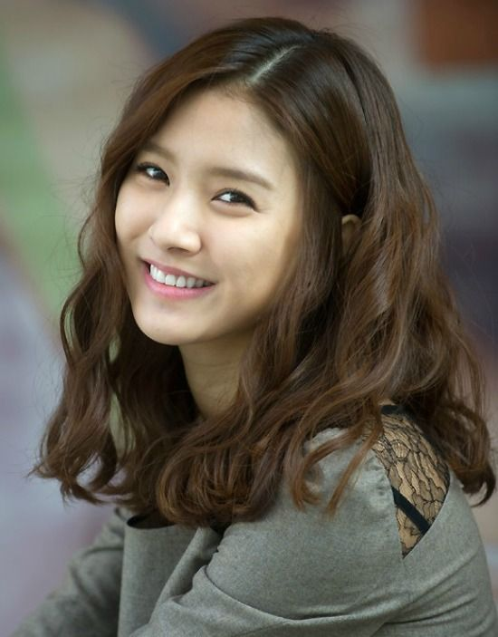 Kim So Eun Signs a Contract with Will Entertainment | Koogle TV