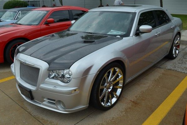 Chrysler 300 my mom had one of these