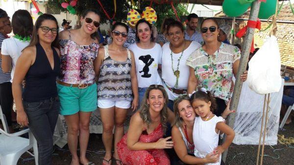 Funcionários da ABCZ promovem ação social em asilo de Uberaba