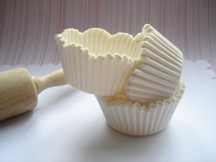 Pure White Scallop Cupcake Liners, Specialty Baking Cups (70 ) Perfect Wedding. $5.00, via Etsy.