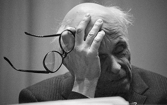 Andrey Sakharov : Soviet dissident, scientist