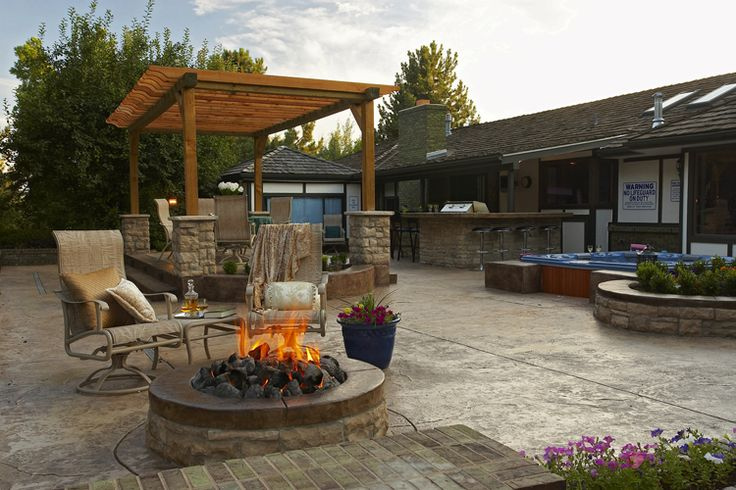Flagstone Patio With Fire Pit Stamped Concrete