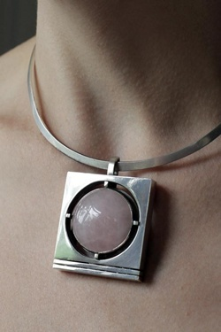 pendant (streak, silver)