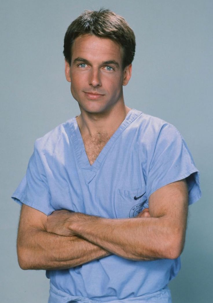 A young Mark Harmon as Dr. Robert Caldwell on St. Elsewhere (1983-1986).
