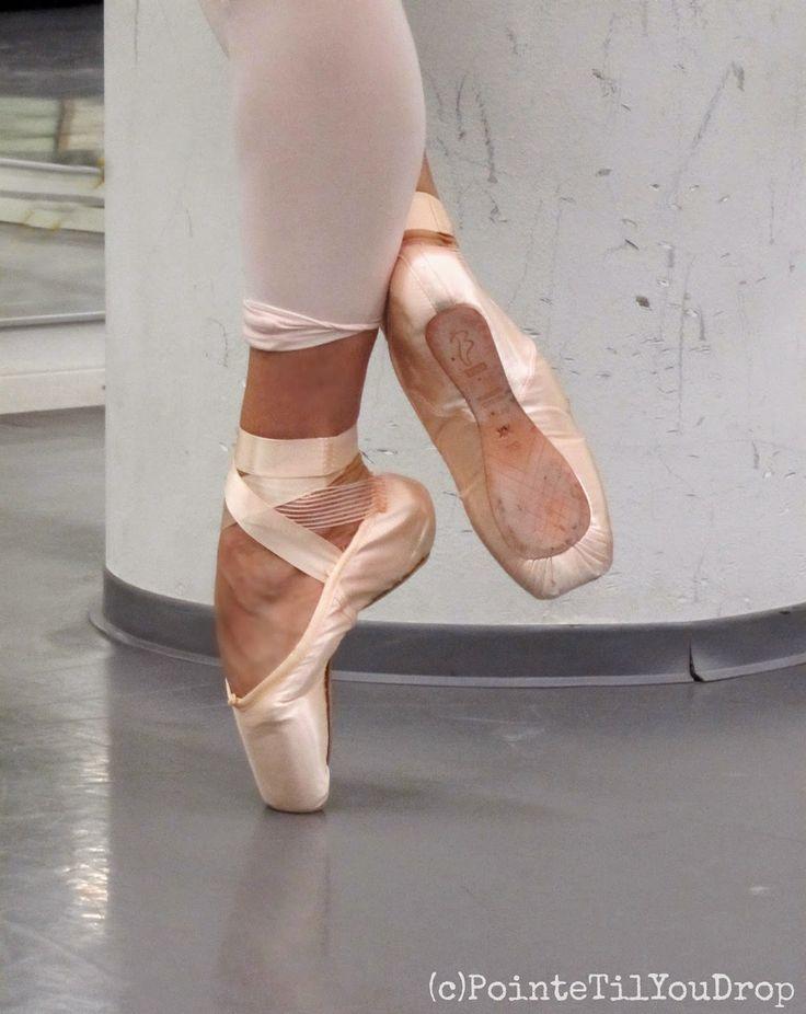 Johannan Balettikassi: Pointe Pretty - Katkaisten kärjelle