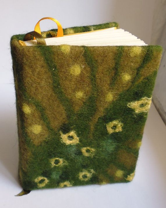 Felt handbound sketchbook with green floral by ClipsoCallipso