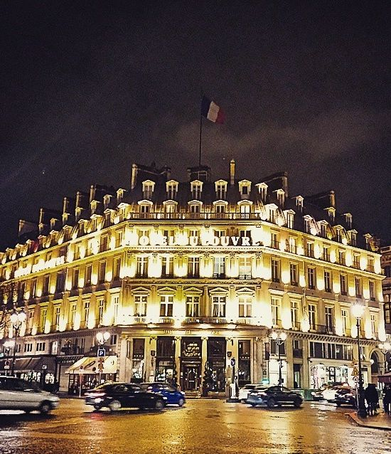 A beautifully captured exterior shot by Natxo Sanchis of Hôtel du Louvre - Paris, a Hyatt hotel.