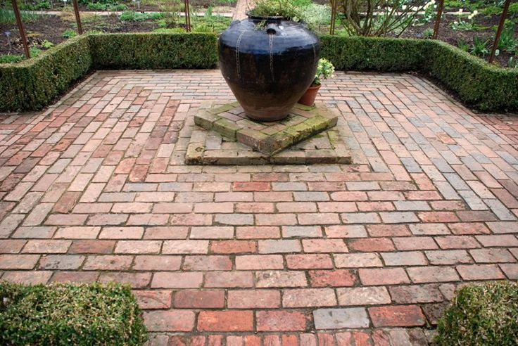 Best 25 brick paving ideas on pinterest brick path brick patterns and brick pathway - Reclaimed brick design ideas ...