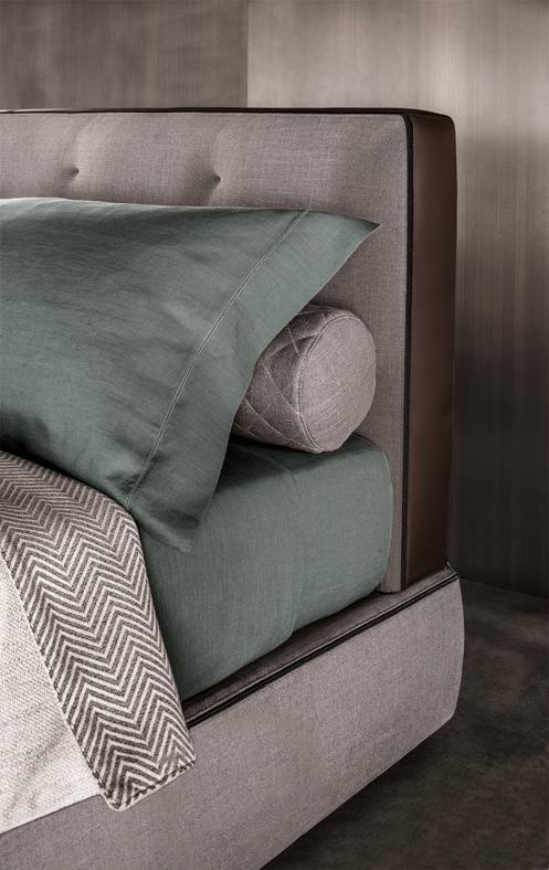 SALONE DEL MOBILE 2 - Un particolare di Minotti Bedford Bed