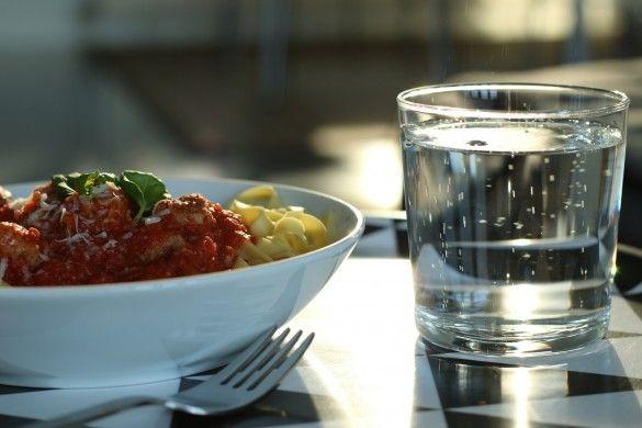 pasta med färsk korv och tomat | RECEPT Uplifting