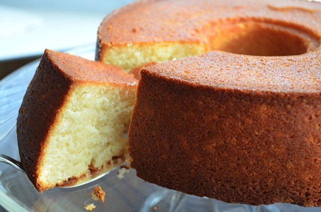 Gâteau aux amandes facile avec le thermomix. Voici une recette de Gâteau aux amandes, facile et rapide a préparer chez vous avec le thermomix.