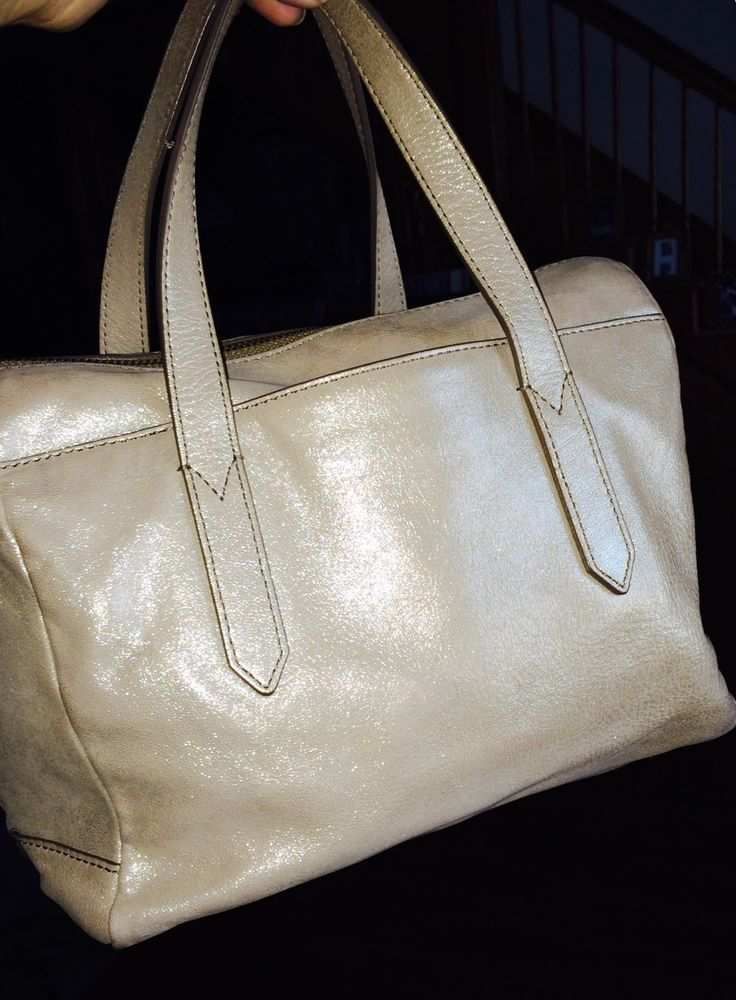 Fossil Handbag Sydney Satchel Beige Gold Metallic Sheen Shouldebag Euc Fastidious Fashionista Pinterest Handbags