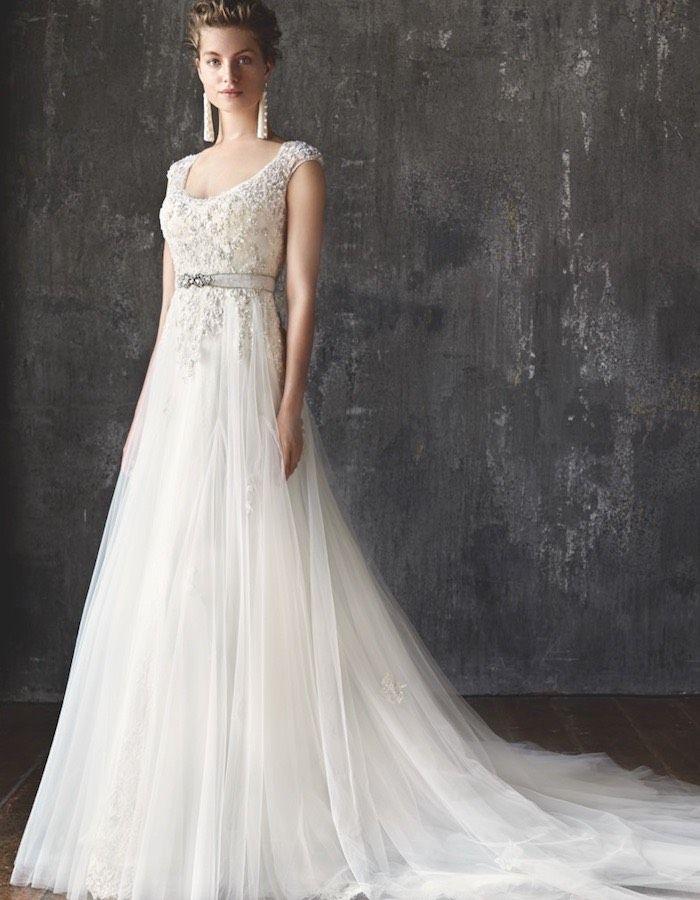 Runway trends: Lusan Mandongus Wedding Dresses