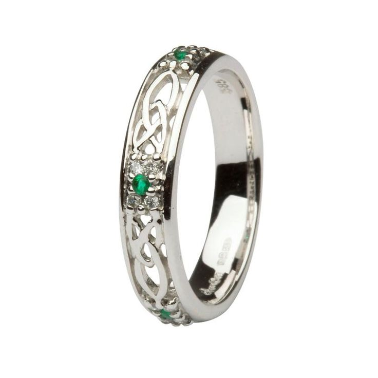 Oh, Mercy!! Why do I not have 'enough' money to buy this outright??!! Stunning Celtic wedding bankd by #Shanore jewelers at Shanore.com