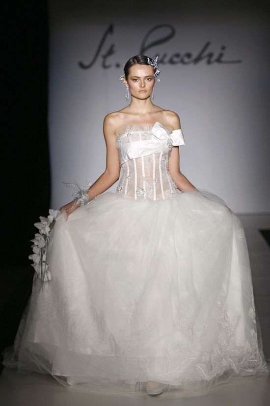 Love this! 9378 Image #Offbeat, #Veils and Accessories, #Wedding Dresses, #Modern, #Ivory, #Floor, #Tulle, #Beading, #Applique, #Strapless, #Ball Gown, #Embroidery, #$$$$$, #Pear Shape, #Thin, #Front, #Pucchi, #St. Pucchi