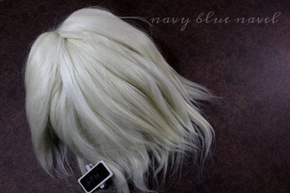 """1/2 oz 10-11"""" SURI ALPACA """"Ash"""" ready for reroot natural white flowing wave, washed and combed Suri alpaca fiber, ideal for dolls hair"""