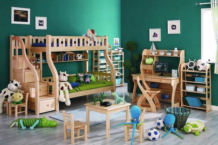Chinese Sampor Furniture uses Metsä Wood's pine timber for their heigh quality products