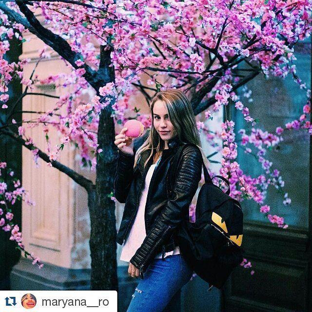 #Repost @maryana__ro with @repostapp   Ээх..сейчас бы настоящую сакуру more celebrities on http://starspages.ru