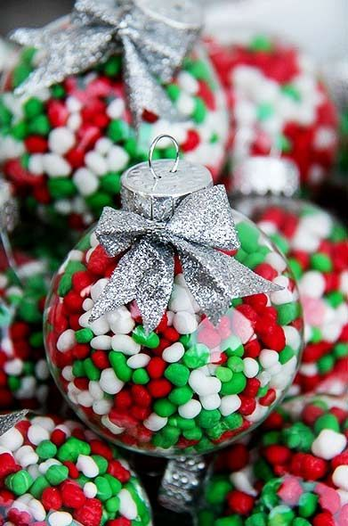 75 Ways to Fill Clear Glass Ornaments {Homemade Christmas Ornaments} - Refunk My Junk