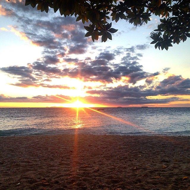 South Sea Sunset #islandlife #fiji #southseaisland