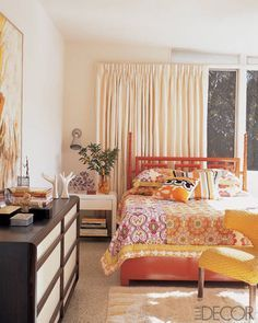 Find the best orange vintage style home decor inspiration for your next interior design project here. For more visit http://essentialhome.eu/
