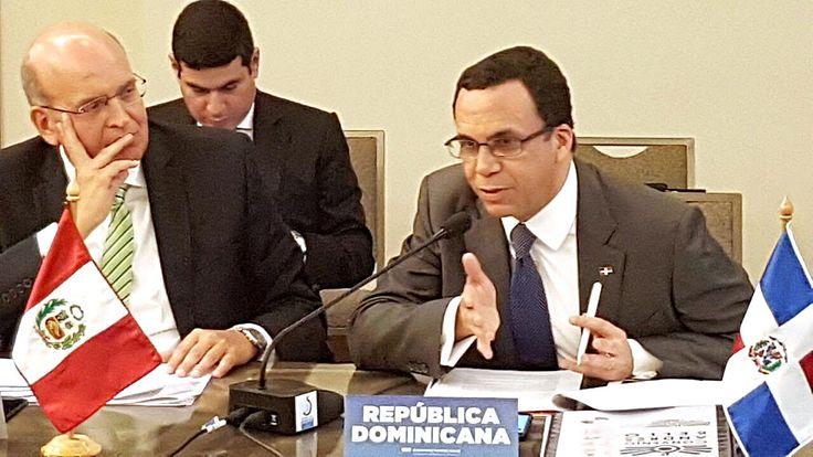 Andrés Navarro es elegido presidente de la organización del convenio Andrés Bello