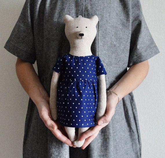 Miranda the Bear by Philomena Kloss on Etsy