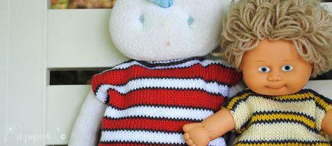 """Knit striped sweaters for dolls handmade by Atelier Faggi. E anche le bambole ricevono un nuovo outfit a righe... ;o) by """"à propos de..."""" Atelier Faggi."""