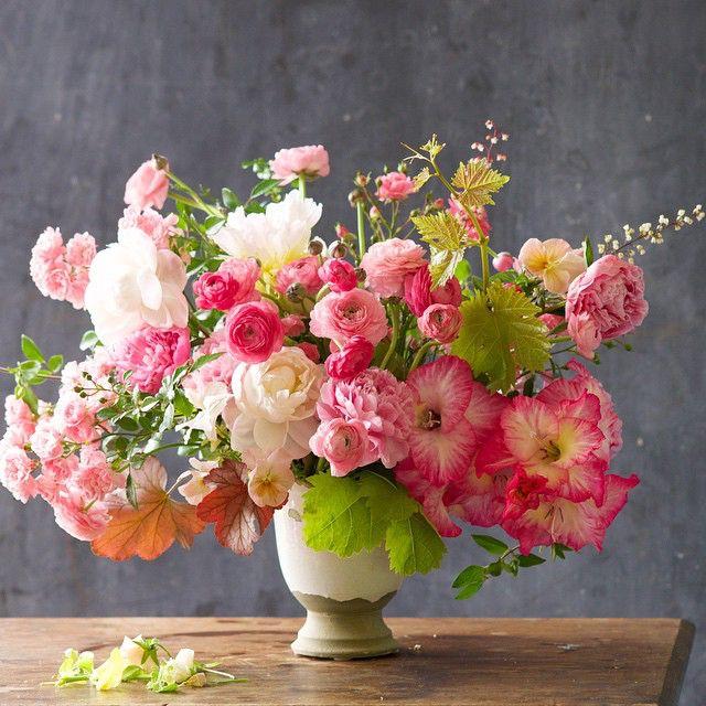 Kiana Underwood | Tulipina | #June_2015 | Floral Designer #tulipina