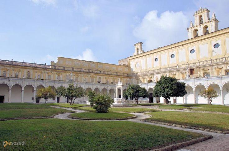 Чертоза-ди-Сан-Мартино – #Италия #Кампания #Неаполь (#IT_72) Бывший картезианский монастырь св. Мартина.   ↳ http://ru.esosedi.org/IT/72/1000235632/chertoza_di_san_martino/