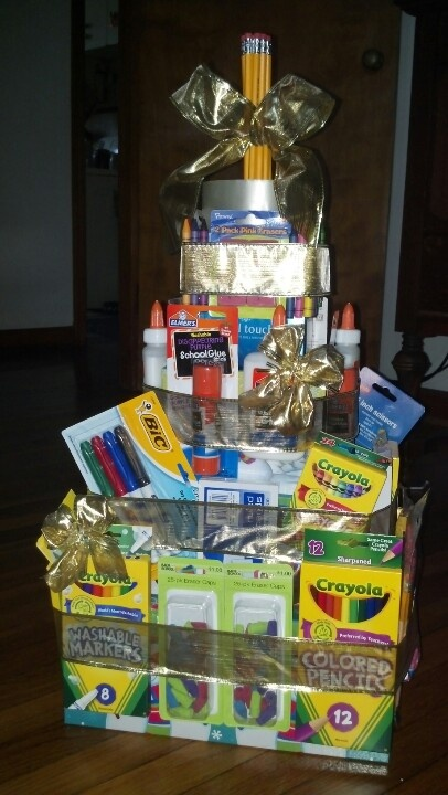 Teacher gift christmas! Wonderful! Lots of wonderful supplies