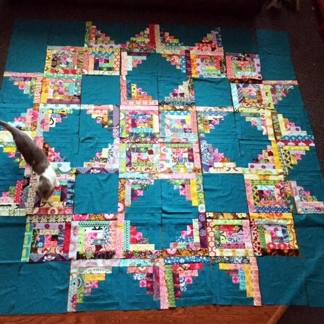 *Red Poppy Quilts*: WIP Wednesday - Anna Maria Horner Log Cabin Quilt