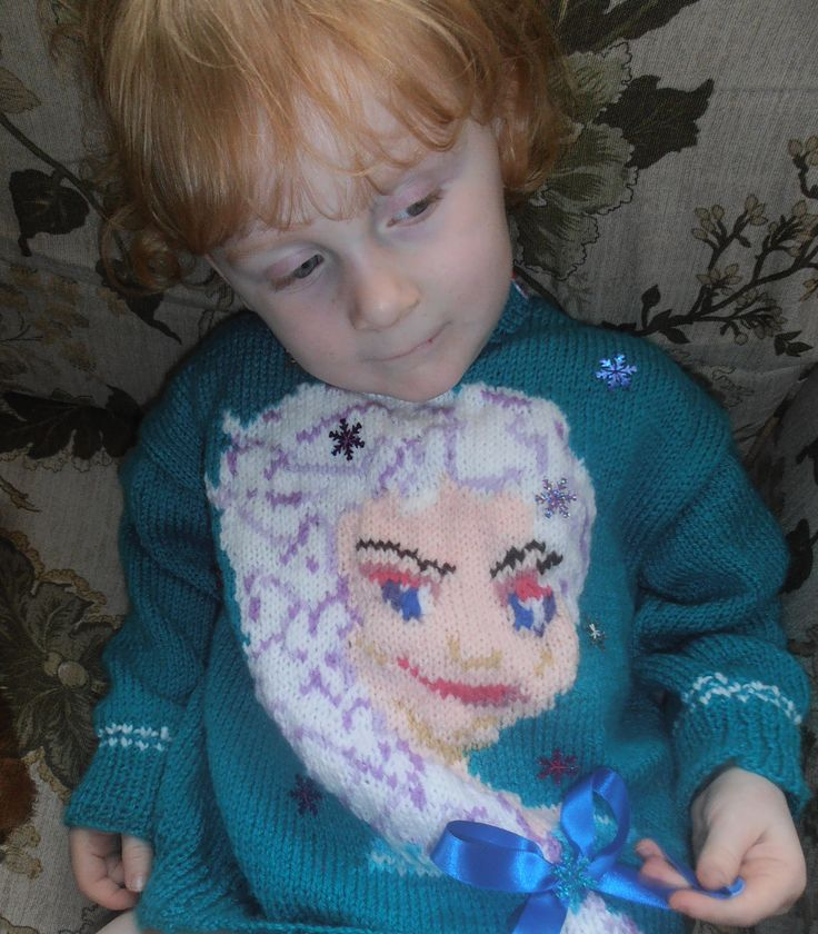 This Elsa jumper was both designed and knitted by Roseann's very talented Nanny, Elsa Motiff pattern is available by request, Please message me.