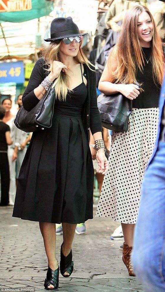 Tendencias: El midi black dress de Sarah Jessica Parker | Bloc de Moda: Noticias de moda, fashion y belleza Primavera Verano 2015