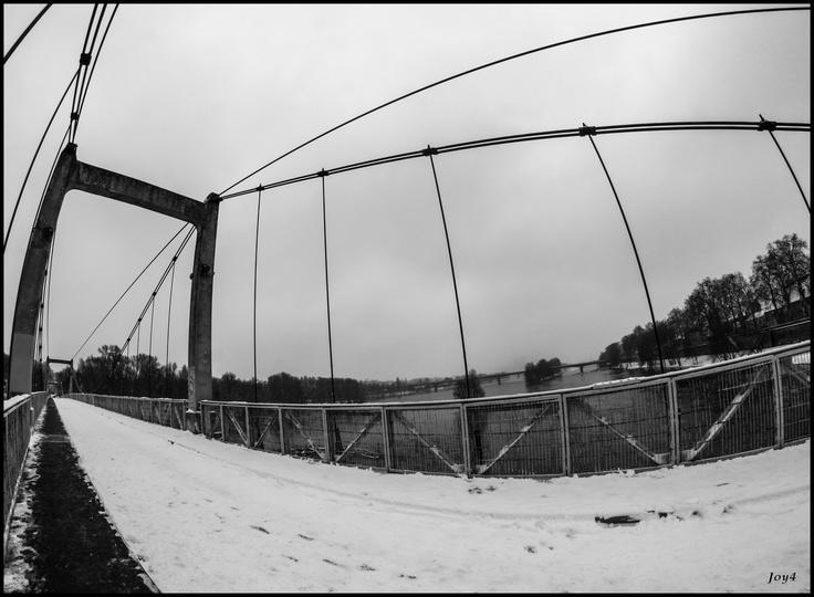 Tours   Pont de fil