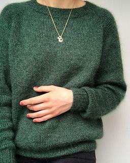 97901fce4f2920 Ravelry  No Frills Sweater pattern by PetiteKnit